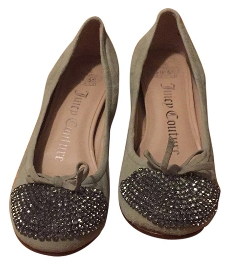 Preload https://item4.tradesy.com/images/juicy-couture-flats-size-us-7-regular-m-b-6578338-0-0.jpg?width=440&height=440