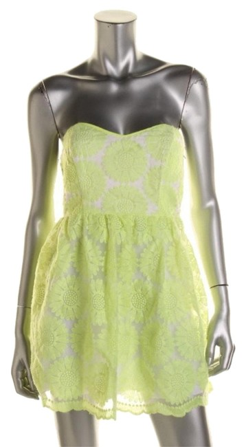 Preload https://item2.tradesy.com/images/neon-green-86e40383fiparty-above-knee-cocktail-dress-size-petite-4-s-6579661-0-1.jpg?width=400&height=650