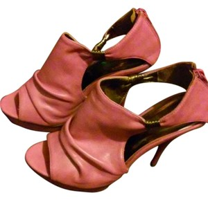 Bertinni rose pink Pumps