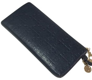Liz Claiborne Quilted Leather Logo Embossed Wristlet