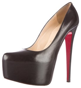 Christian Louboutin Leather Platform Hidden Platform Stiletto 38 8 Daffodile Sexy Pointed Toe Red Sole Black Pumps