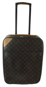 Louis Vuitton Monogram Suitcase Neverfull Delightful Keepall Sully Totally Chanel Carryon Luggage Artsy Pegase Monogram Travel Bag