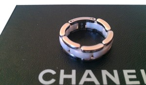 Chanel CHANEL 18k whilte gold ceramic gold