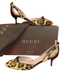 Gucci leopard Pumps