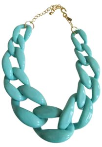 Kenneth Jay Lane Authentic KJL resin Turquoise graduating chain, Gold Tone S clasp