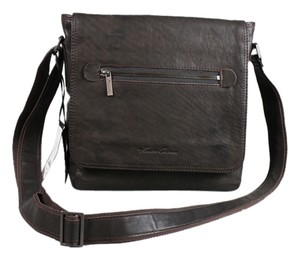 Kenneth Cole Brown Travel Bag