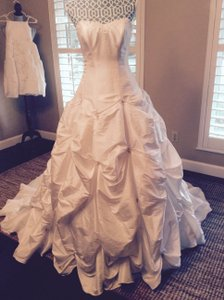 David's Bridal T9017 Wedding Dress