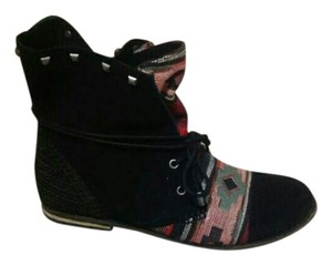 Black tribal aztec Boots