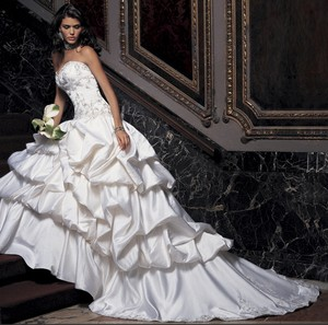Amalia Carrara Amalia Carrara A:9 Wedding Dress