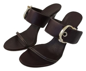Gucci Tan Leather Sandals