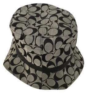 White Coach Hats - Up to 70% off at Tradesy 6d853d87c555