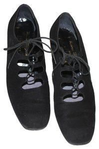 Robert Clergerie Suede Lace Up Vintage Look French Design Vintage Black Pumps