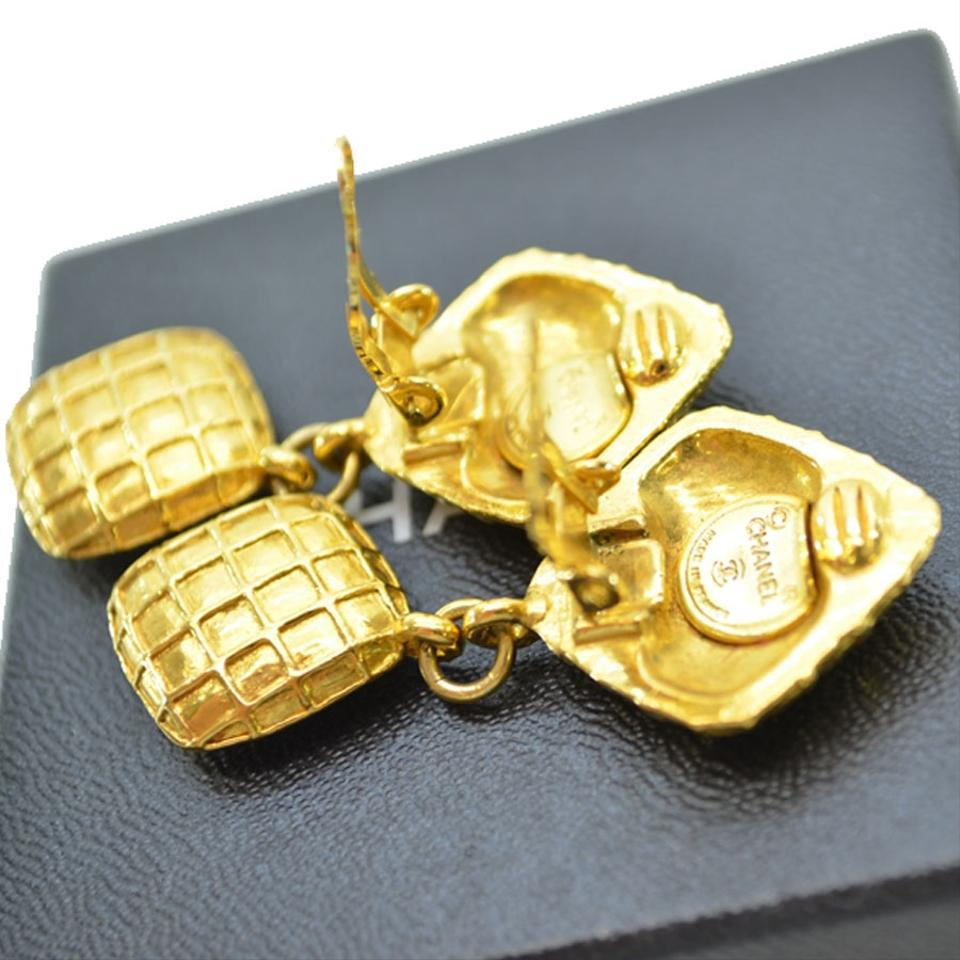 Chanel Vintage Chanel Gold Plated Earrings With Stone