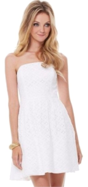 Preload https://img-static.tradesy.com/item/6659206/lilly-pulitzer-white-above-knee-short-casual-dress-size-4-s-0-0-650-650.jpg