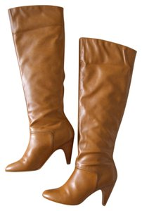Colin Stuart Victoria's Secret Camel Genuine Leather Cognac Boots