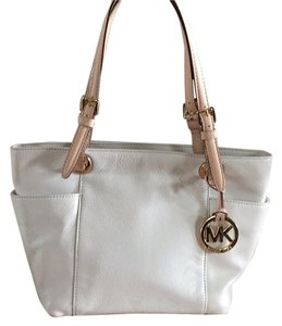 Michael Kors Tote in Ivory with Camel straps