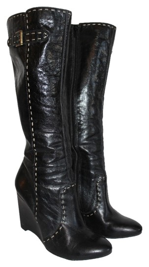 Preload https://item5.tradesy.com/images/diba-black-with-white-piping-bootsbooties-size-us-85-regular-m-b-6662824-0-0.jpg?width=440&height=440
