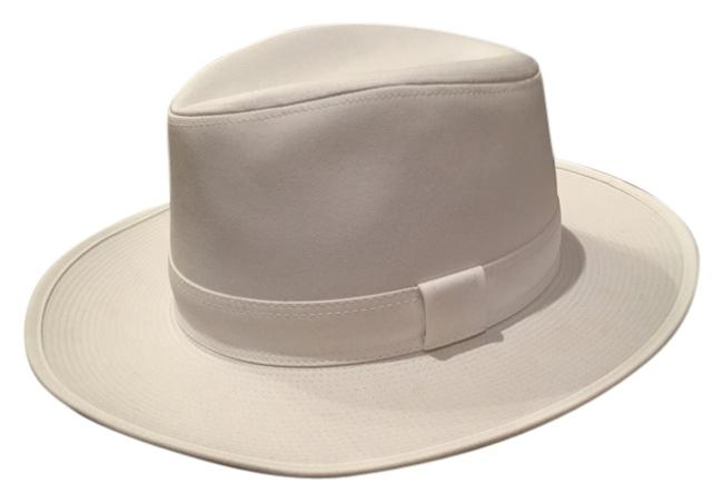 Item - White Hat