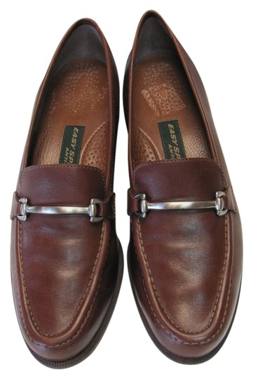 Preload https://img-static.tradesy.com/item/6663934/easy-spirit-brown-leather-excellent-condition-width-flats-size-us-75-narrow-aa-n-0-0-540-540.jpg