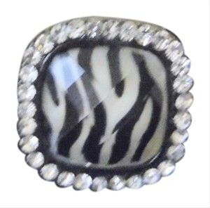 Other Black and White Stretch Ring Size 8