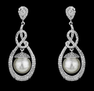 Pear And Pave Cz And Pearl Bridal Earring