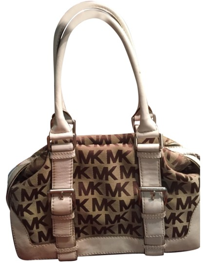 Preload https://img-static.tradesy.com/item/6666850/michael-kors-satchel-0-0-540-540.jpg