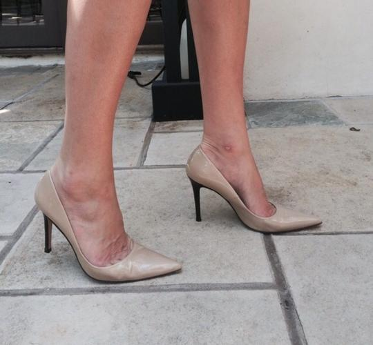 Charles David nude Pumps