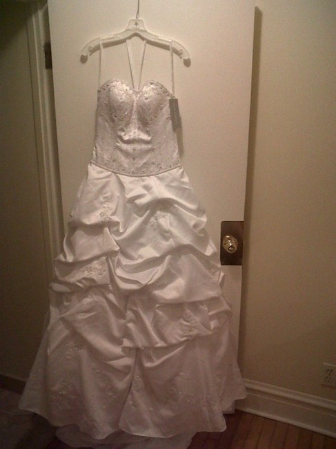 Item - White Satin Ct 291 Traditional Wedding Dress Size 6 (S)