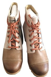 Sorel Beige/Brown Boots