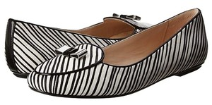 Coach Marah Flat New In Box Black and Ivory Flats