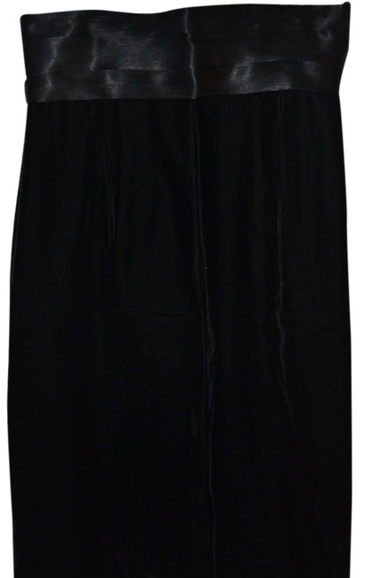 Preload https://img-static.tradesy.com/item/6680953/black-true-velvet-wsatin-cummerbund-knee-length-skirt-size-4-s-27-0-1-650-650.jpg