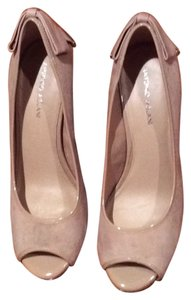Antonio Melani Tan Pumps