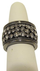 Real Collectibles by Adrienne Real Collectibes by Adrienne Crystal Band Ring Size 9