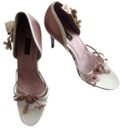 Preload https://img-static.tradesy.com/item/6690895/nyla-white-and-lavender-stilettos-leather-flowers-leaves-shinny-black-stiletto-heels-pumps-size-us-9-0-0-540-540.jpg