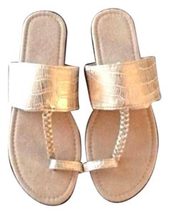 Avon Fashions Gold Sandals
