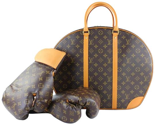 Preload https://img-static.tradesy.com/item/6696457/louis-vuitton-monogram-ultra-rare-boxing-collection-package-lvtl131-0-4-540-540.jpg