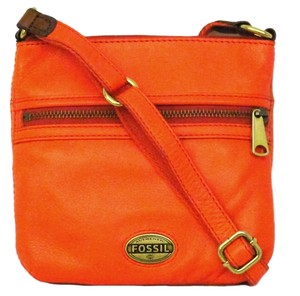 Fossil 8 W X 8 H X 1 1/2 D Inches Cross Body Bag