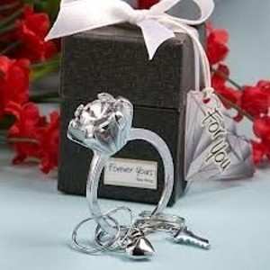 Diamond/Silk White Forever Yours Keychain Wedding Favors