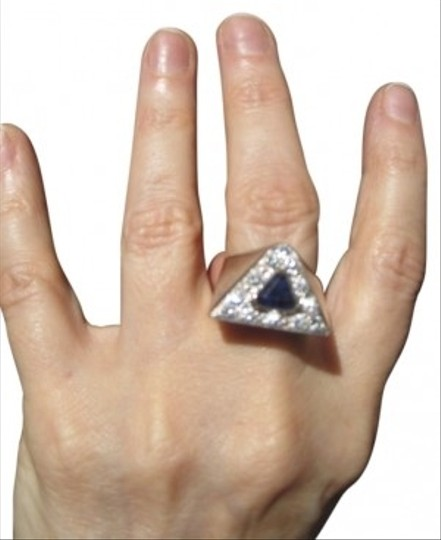 Preload https://item3.tradesy.com/images/white-gold-14-kt-unique-triangle-diamond-ring-6707-0-0.jpg?width=440&height=440