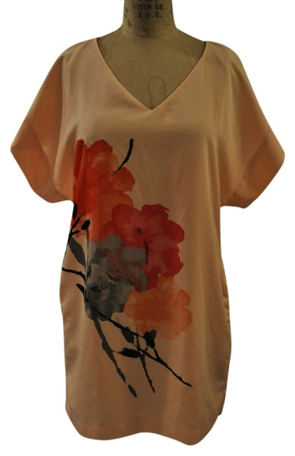 Preload https://item4.tradesy.com/images/new-york-and-company-peach-shift-silky-printed-above-knee-short-casual-dress-size-8-m-6712648-0-0.jpg?width=400&height=650