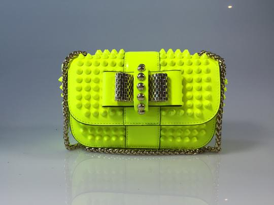 Preload https://img-static.tradesy.com/item/6713455/christian-louboutin-sweet-charity-spikeed-fluorescent-yellow-patent-leather-cross-body-bag-0-2-540-540.jpg