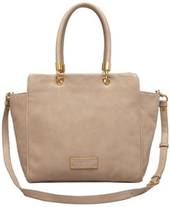 Marc by Marc Jacobs Bentley Tan Leather Grey Satchel in Beige/TRACKER TAN
