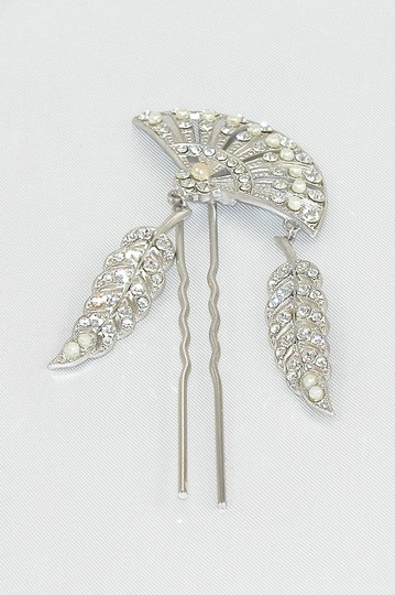 Preload https://img-static.tradesy.com/item/6717718/silver-rhodium-plated-with-swarovski-crystals-and-ivory-japanese-glass-pearls-paris-temptress-large-0-0-540-540.jpg