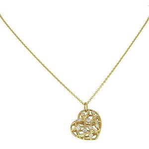 Hearts on Fire Hearts On Fire Hfpbrh00358w 18k White Gold Diamond Brocade Heart Necklace