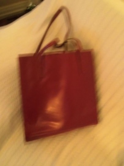 Preload https://item1.tradesy.com/images/kate-spade-fabulous-red-leather-tote-6720-0-0.jpg?width=440&height=440