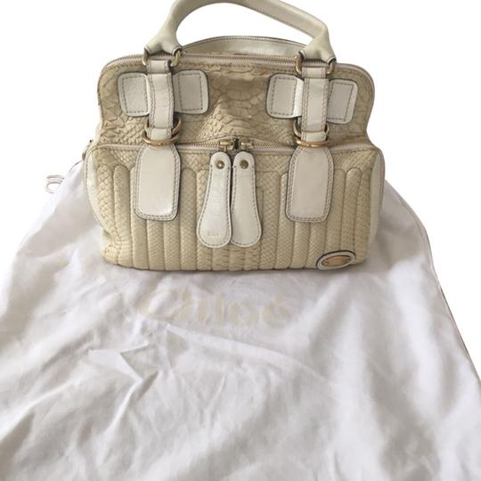 Preload https://img-static.tradesy.com/item/6720535/chloe-shoulder-bag-ivory-6720535-0-0-540-540.jpg