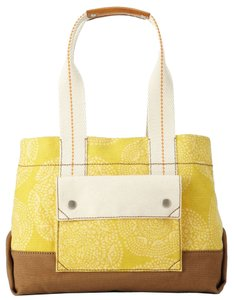 Fossil Tote in Yellow