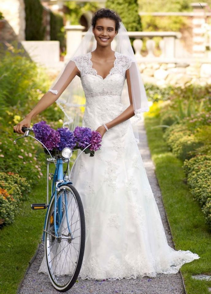 7e4760ba3c5a David's Bridal Ivory T3299 - Cap Sleeve Lace Over Satin Gown with Acces  Vintage Wedding Dress