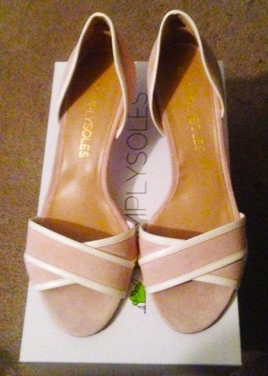 Simply Soles Blush Pumps