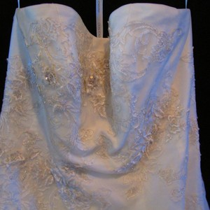 Oleg Cassini 8cpk437 Strapless Tulle Embellished Tea Length Gow Wedding Dress
